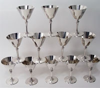12 Cocktail Martini Cups, Mono