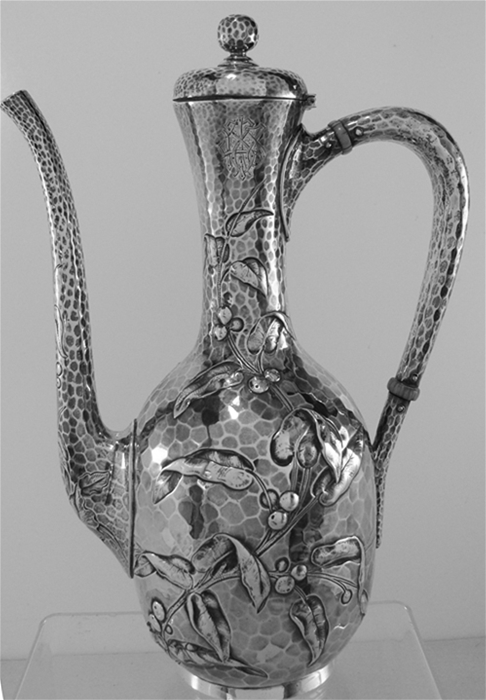 Dominick & Haff hammered Sterling Silver Tea or Coffee Pot, 1881, Mono