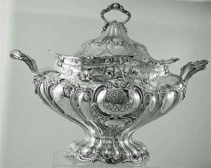 CHANTILLY GRAND By Gorham Sterling Silver COVERED SOUP TUREEN or VEGETABLE DISH