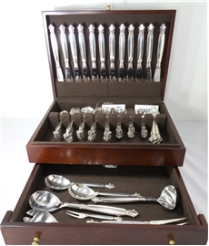 ACANTHUS FLATWARE SET