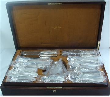 FLEMISH Sterling Silver Flatware Set 12x14 in a Fitted Tiffany Box